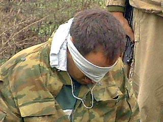 В Чечне арестованы два боевика, в том числе пособник Басаева.