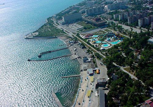 http://www.kavkaz-uzel.ru/system/attachments/0000/5919/novorossiyske_view.jpg?1255793599