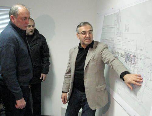Каспийский завод листового стекла первый в своем роде на юге России запустит конвеер уже в июне 2013 года