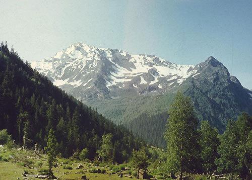 Кавказ. Фото с сайта www.nmalykh.org