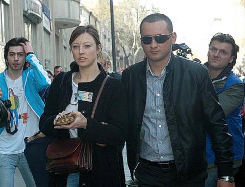 """Задержание шведской журналистки Май Родерстрит во время акции протеста оппозиции в Баку 17 апреля 2011 г. Фото: Информационное агентство """"Туран"""""""