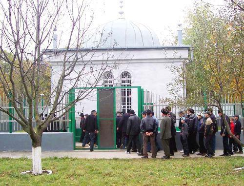 Зиярат  (мавзолей) Шейха Бамат-Гирея Хаджи в с. Эвтара Чеченской Республики. Фото с сайта Духовного управления мусульман Чеченской республики (dumm.ru)
