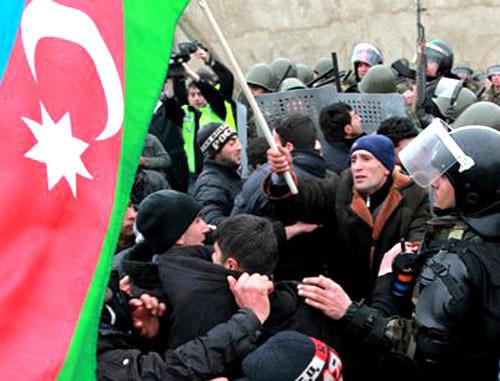 Беспорядки в городе Губа. Азербайджан, 1 марта 2012 г. Фото: Abbas Atllay (RFE/RL)