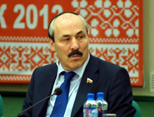 Рамазан Абдулатипов. Фото: http://www.mguki.ru