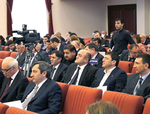 Сессия Народного Собрания Дагестана, Махачкала. Фото http://www.riadagestan.ru/