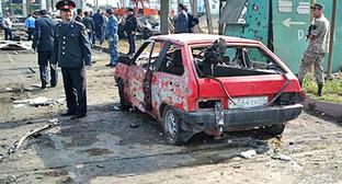 """На месте теракта на полицейском посту """"Аляска-30"""", где прогремели два взрыва. Махачкала, 3 мая 2012 г. Фото: riadagestan.ru"""