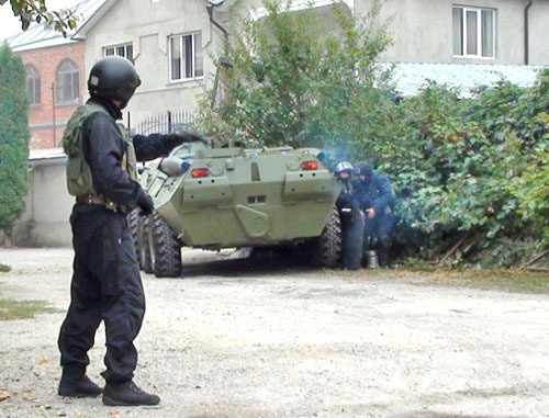 Спецоперация. Фото: МВД по КБР, http://07.mvd.ru/