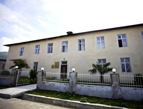 Шекинский суд по тяжким преступлениям Азербайджана. http://shekicourt.gov.az/