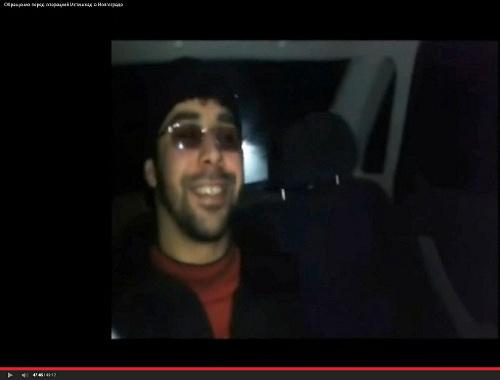 Кадр из видеоролика, распространенного на YouTube от имени «муджахидов диверсионной группы «Ансар аль-Сунна» 18 января 2014 г.