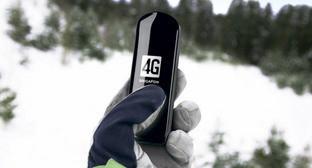 "USB-модем с поддержкой 4G. Фото компании ""Мегафон"""