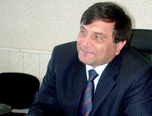 Мэр Хасавюрта Сайгидпаша Умаханов. Фото: региональная национально-культурная автономия аварцев http://nkaa.ru/