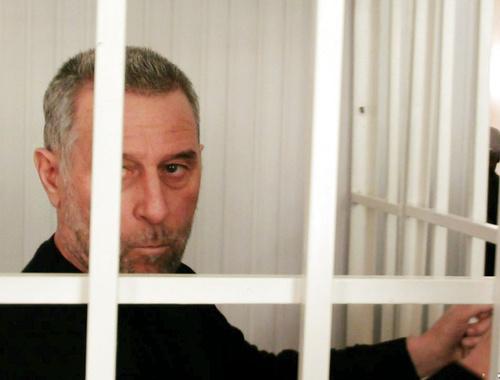 Руслан Кутаев во время судебного заседания. Урус-Мартан, апрель 2014 г. Фото: Маьрша Европа/Маршо Радио © RFE/RL, Inc. , http://www.radiomarsho.com/content/kutaev-chechnya-trial-/25362835.html