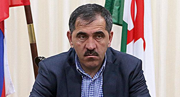 Юнус-Бек Евкуров. Фото: официальный сайт Республики Ингушетии http://www.ingushetia.ru/