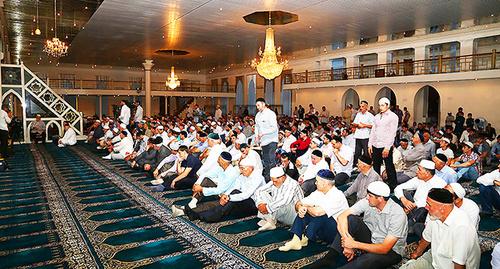 Празднование Рамадана в Ингушетии, 2013 год. Фото: http://www.ingushetia.ru/photo/archives/018993.shtml