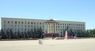 Резиденция губернатора — здание правительства Ставропольского края. Фото: http://ru.wikipedia.org