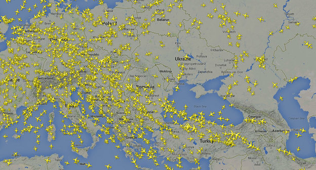 Трафик воздушных судов в реальном времени, состояние на 17-00 7 августа 2014 года. Фото: http://www.flightradar24.com/49.78,32.98/5