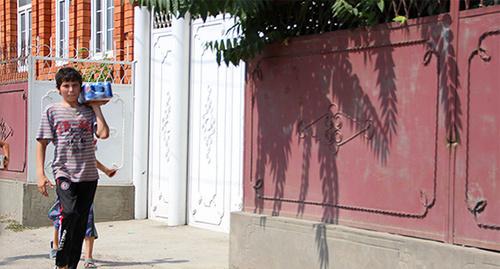 """Чеченский мальчик. Фото: Магомеда Магомедова для """"Кавказского узла"""""""