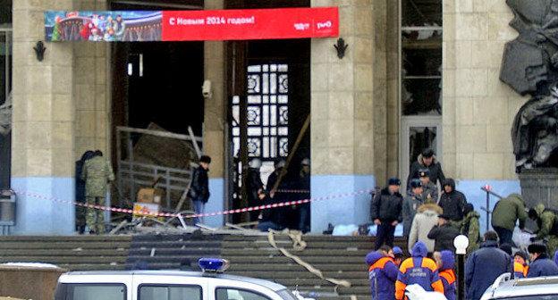 Взрыв на железнодорожном вокзале в Волгограде. 29 декабря 2013 г. Фото: Администрация Волгограда, https://ru.wikipedia.org