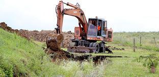 Бурение новой водной скважины в Сунженском районе Ингушетии. Июль 2014 г. Фото: Пресс-служба Главы РИ