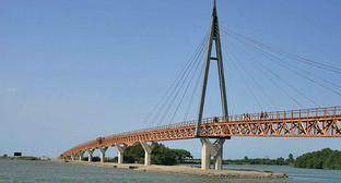 Анаклия, деревянный мост через Ингури. Грузия. Фото: Aleksey Muhranoff http://commons.wikimedia.org/