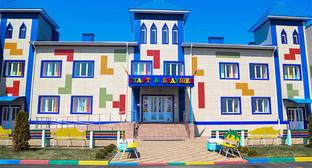 """Детский сад """"Старт в будущее"""", Ингушетия. Фото: http://www.ingushetia.ru/photo/archives/020343.shtml"""