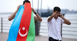 Азербайджанский флаг. Фото Азиза Каримова для «Кавказского узла»