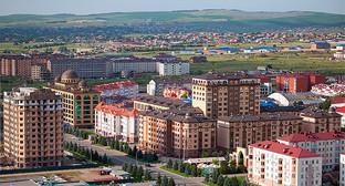 Магас с высоты 100-метровой башни, Ингушетия. Фото: http://www.ingushetia.ru/photo/archives/020950.shtml