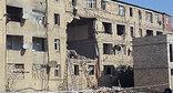 Повреждённое взрывом здание в Хырдалане. Фото: http://www.newsazerbaijan.ru/case/20140909/300897595.html