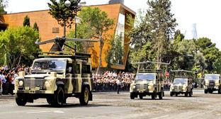 Военный парад в Баку, Ереван, 26 июня 2013 г. Фото: Abbas Atilay (RFE/RL)