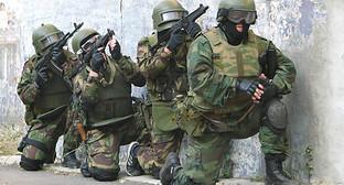 Силовики на спецоперации. Сентябрь, 2014 год. http://nac.gov.ru/nakmessage/2014/09/03/v-dagestane-neitralizovan-bandit-otkryvshii-ogon-po-sotrudnikam-pravookhranite.html