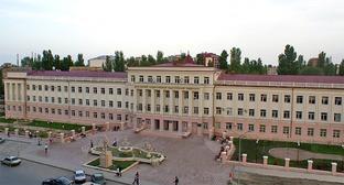 Дагестанский Государственный Педагогический Университет. Фото: Shamil Magomedov, https://ru.wikipedia.org/wiki/Файл:Дагестанский_ГПУ.png