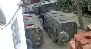 Военные машины в поселке Временный Унцукульского района. 24 сентября 2014 г. Фото предоставлено жителями поселка Временный