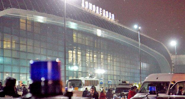"""Теракт в аэропорту """"Домодедово"""". Москва, 24 января 2011 г. Фото: Yuri Timofeyev (RFE/RL)"""
