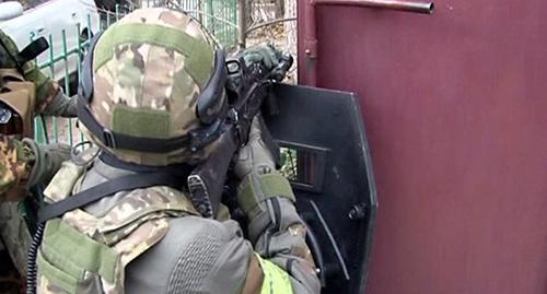 Спецоперация. Фото: http://nac.gov.ru/files/6493.jpg