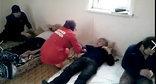 Медицинский осмотр участников голодовки. Фото: Стоп-кадр видео Гамзата Хангишиева, https://www.facebook.com/video.php?v=377577939075715&set=o.1427933284103413&type=2&theater