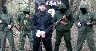 Сулейман Зайланабидов (в центре). Кадр из видео пользователя Сулейман Амир www.youtube.com