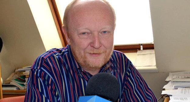 Член научного совета Московского центра Карнеги, политолог Алексей Малашенко. Фото http://ru.apa.az/news/259967
