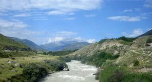 Река Баксан. Фото: http://баксан.рф/temp/cache/0414e49d56cd2f9c13025011fb64c3ec.png