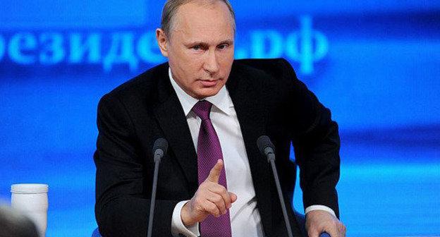 Владимир Путин во время пресс-конференции. Москва, 18 декабря 2014 г. Фото http://www.kremlin.ru/
