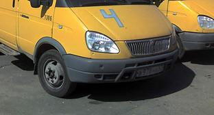 Автобус ГАЗ-3221 Фото: Serko, https://upload.wikimedia.org/wikipedia/commons/d/d7/GAZel-Marshrutka_of_Piteravto_in_Tosno.jpg