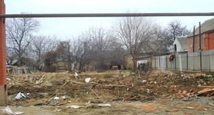 На месте снесенного дома, принадлежащего семье боевиков. Гудермес, декабрь 2014 г. Фото http://www.memo.ru/d/219259.html