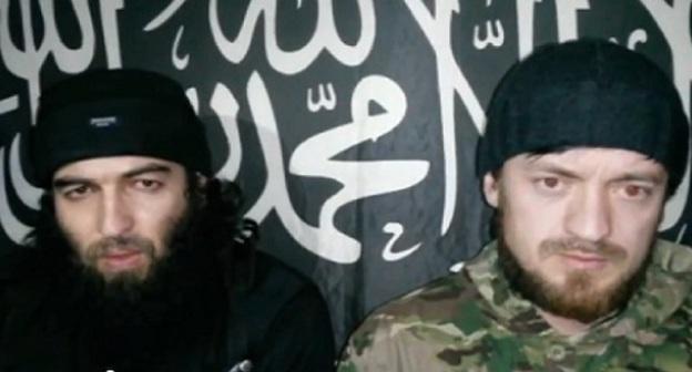 Абу-Мухаммад и Абу Мухаммад Агачаульский. Стоп-кадр видео, размещенного на сервисе YouTube 19 декабря.