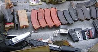 Изъятое у боевиков оружие. Фото: http://nac.gov.ru/files/4557.JPG