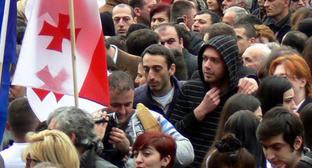 Участники акции «Единого национального движения». Тбилиси, 27 марта 2013 г. Фото Патимат Махмудовой для «Кавказского узла»