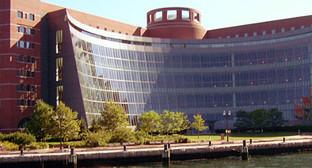 Здание Федерального суда в Бостоне, штат Массачусетс, США. Фото: Vinny Piazza, http://www.flickr.com/photos/vinnypiazza/7053646489