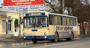 Таганрог, Улица Чехова, маршрут 31. Фото: Сергей Максимов, http://busphoto.ru/photo/4953/