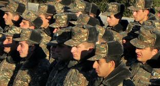 """Военнослужащие в одной из воинских частей Нагорного Карабаха. Фото Алвард Григорян для """"Кавказского узла"""""""