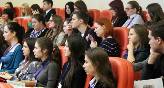 Студенты Северо-Кавказского федерального университета. Фото: официальный сайт СКФУ http://www.ncfu.ru/index.php?newsid=6390