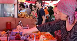 """Рынок в Грозном. Фото Магомеда Магомедова для """"Кавказского узла"""""""