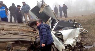 Авария на дороге Кадыркент – Сергокала в Дагестане. 1 апреля 2015 г. Фото предоставлено пресс-службой МЧС
